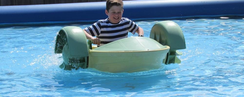 Holywell Bay - Water fun